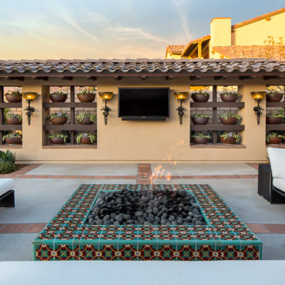 outdoor tv-feature wall-firepit